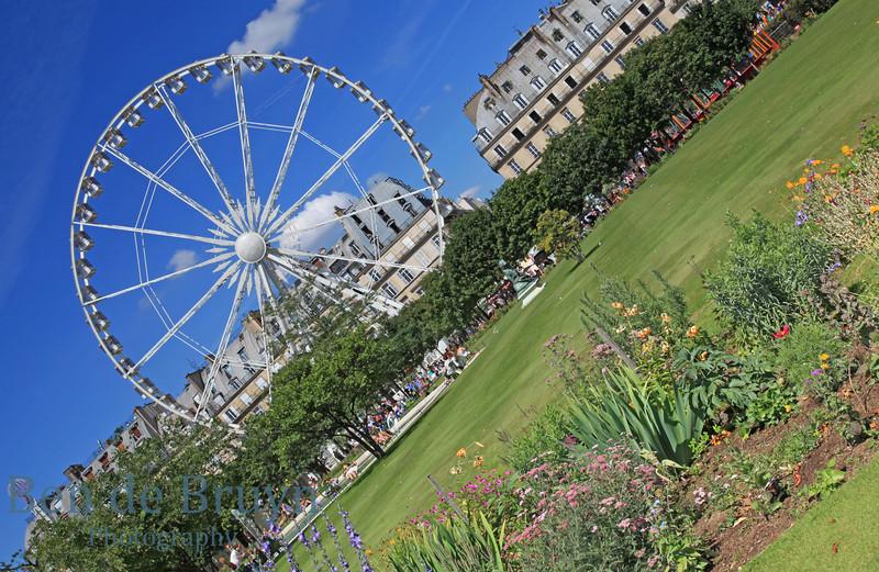 Paris: Ferris wheel near Louvre July 2012