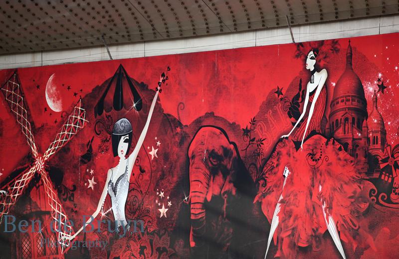 Paris:Moulin Rouge 2 July 2012