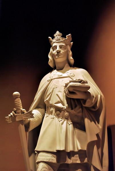 St. Loius Basilica Statue