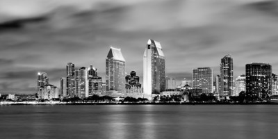 The San Diego skyline, as viewed from Coronado A 3-image stitch, cropped to a 2-to-1 panorama aspect ratio.