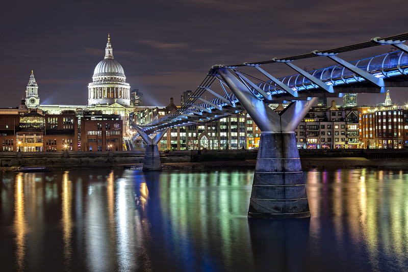 St. Pauls by Night