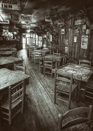 Dixie Chicken Interior