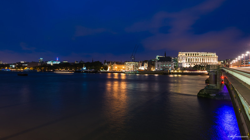 Blue hour in London