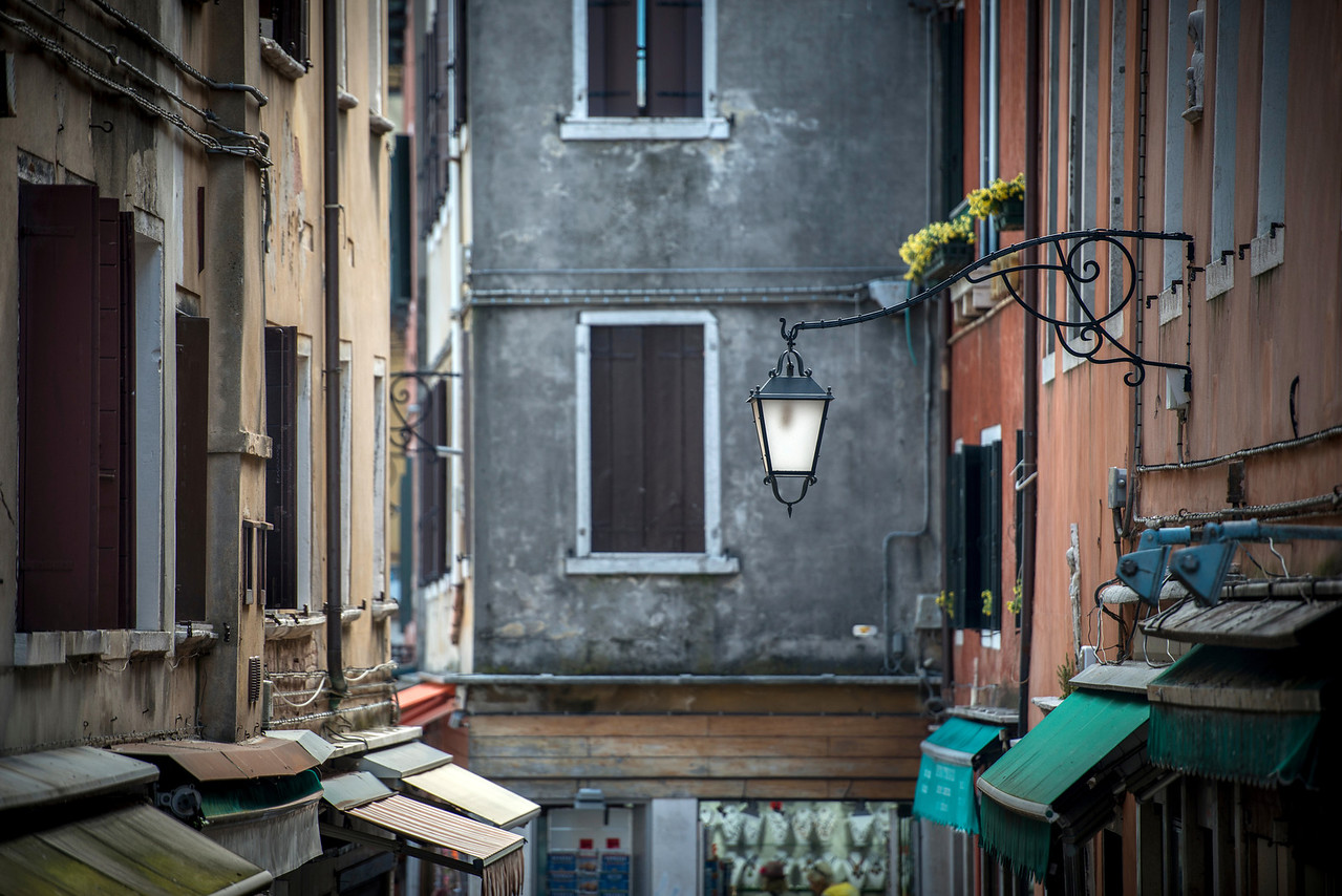 light my way, light my day | venezia