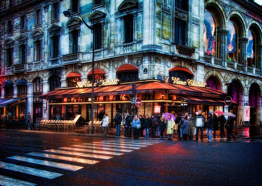 The Corner of Brasserie & Chatelet