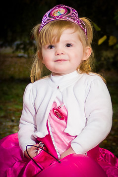 caylee mcdaniles; cobear; kids; costume; halloween; minisession; photography; portrait; session