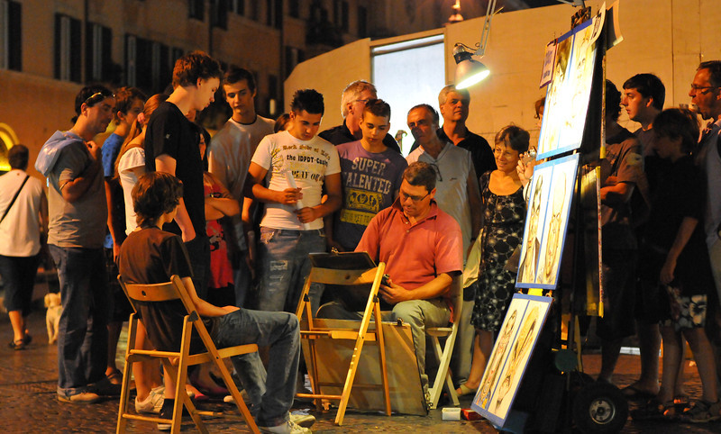 Crowd Gathering, watching a street artist, Piazza Navonna, Italy