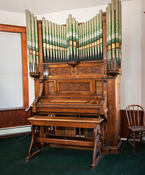 Original organ, First Baptist Church