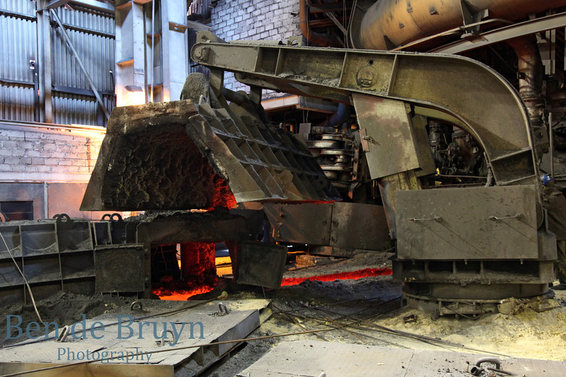 Factory producing pig iron with hot iron ore oven
