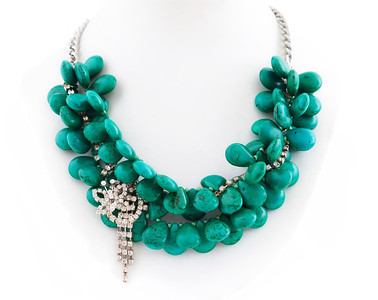 "Colier ""Poison Ivy""  Realizat din : Turquoise,Colier cu cristale de Bohemia vintage unicat,lanturi metalice  realizat de: Statement Jewelry By Ioana Enache"