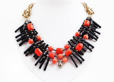 "Colier ""STATEMENT Black Coral"" Realizat din : Coral Negru Natural,Coral Corai Natural,Pirita,Spinel  realizat de:Statement Jewelry By Ioana Enache"