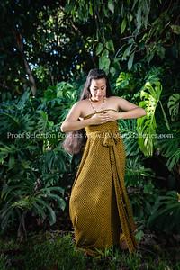 180818 Ka'ea Alapai Ke Kula O Ehunuikaimalino Senior Photos Halau Ka'eaikahelelani  ©2018 Ranae Keane-Bamsey Photography www.EMotionGalleries.com