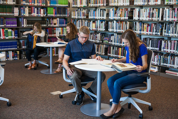 fvcc_library_students_2019-132