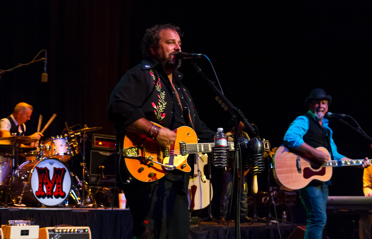 Paul Deakin, Raul Malo and Robert Reynolds of The Mavericks September 20th, 2013 Plaza Live - Orlando, Florida