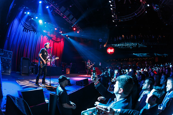 CNET Does Vegas with Blink 182, Jan 2017