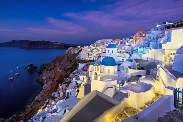 Blue Domes || Cúpulas Azules