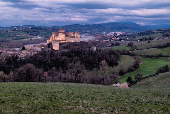 Duchy of Castles || Ducado de Castillos