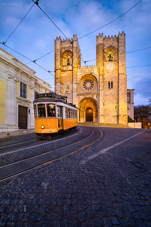 Don´t Miss the Tram || No pierdas el Tranvía