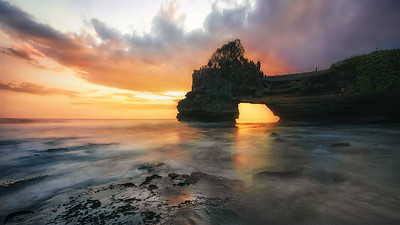 Sunset in Batu Bolong Temple