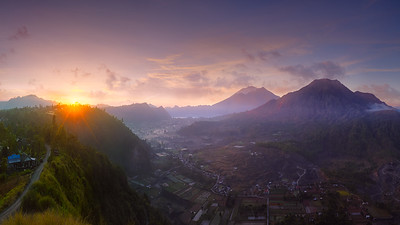 Indonesia glorious sunrise 7R22147