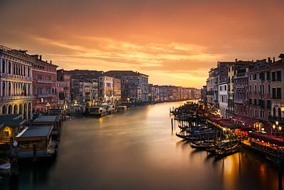 Venice sunset 7R24643
