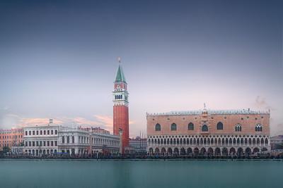 Venice piazza di San Marcos 7R24949