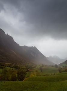 Raining in Valle del Lago 7S1531