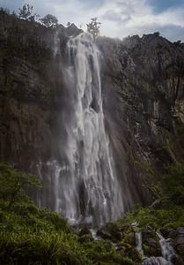 Ason waterfall 7R42577
