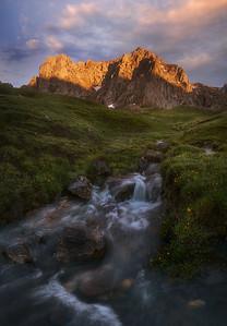 Light in the peaks 7R43683P