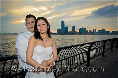 Engagement Portrait Session In Battery Park, New York City By Alex Kaplan alexkaplanphoto.com