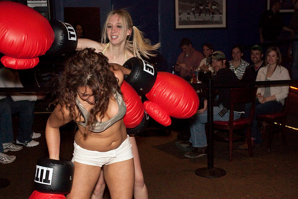 The second fight of the night featured the wild style of Destiny Wheatley versus the speedy feet of Sarah Troxel.