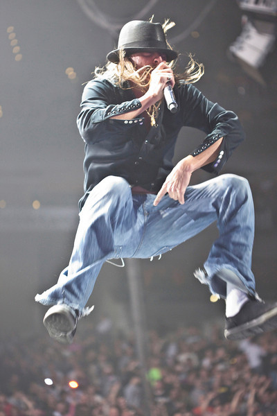 Detroit hitmaker Kid Rock unleashed his high-energy musical style on a capacity crowd at the KFC Yum! Center on Friday night.