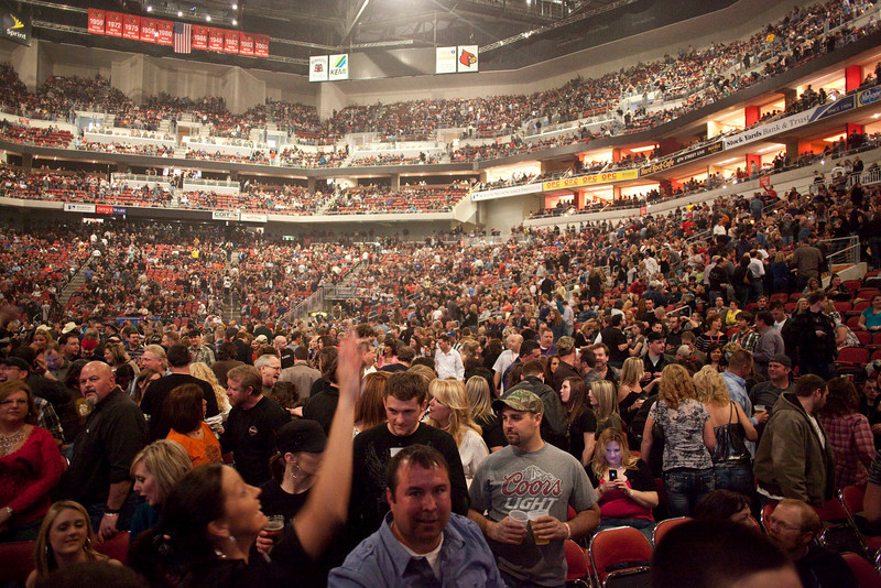 The KFC Yum! Center was filled to the rafters with fans of Kid Rock on Friday night.