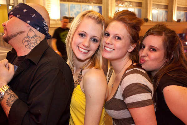Tony Anderson, Mandy Noonan, Debby Dixon, and Samantha Shelby like to play for the camera.
