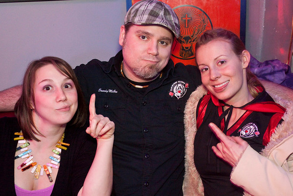 Derby City Roller Girls manager Snarky McGee finds himself flanked by the lovely duo of Trick Pony and Splatypus.