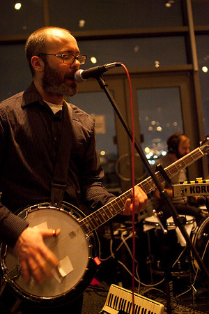 Cincinnati-based trio The Seedy Seeds kept the music coming and the dance floor moving at Pas De Brew.