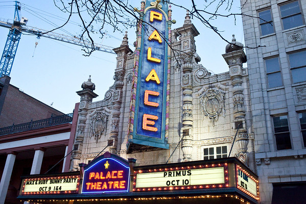 The historic Palace Theatre on Fourth Street was the desination for Gen-X'ers on Monday night as alt legends Primus headlined.