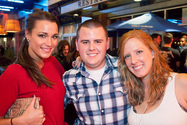 Jackie Reitenberg, Stephanie Berger, and Taylor Berger party into the night.