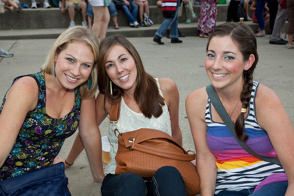Ashley Jaggers, Sara Miller, and Kristin Coelho were on the scene.
