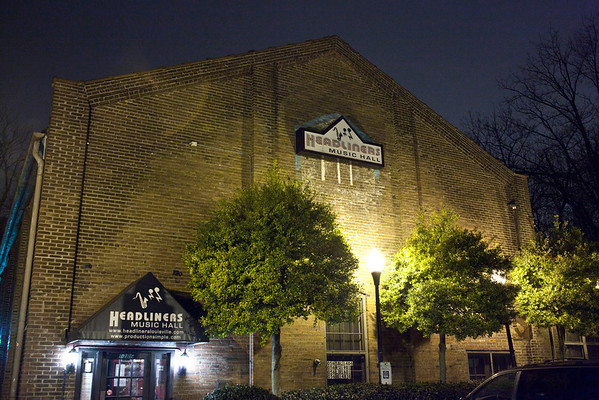 Headliners Music Hall was the place for some great music on a Saturday night.