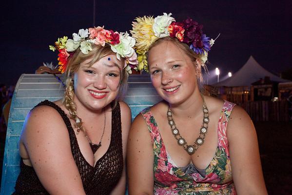 Kelsey and Courtney McFarlane rock the flower headdresses.
