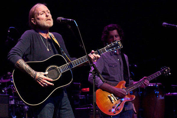 Rock and Roll Hall of Famer Gregg Allman brought his southern rock stylings to an appreciative fan base at Iroquois Amphitheatre on a stormy Wednesday night.