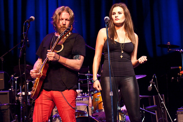 The Devon Allman Band served as the opening act.