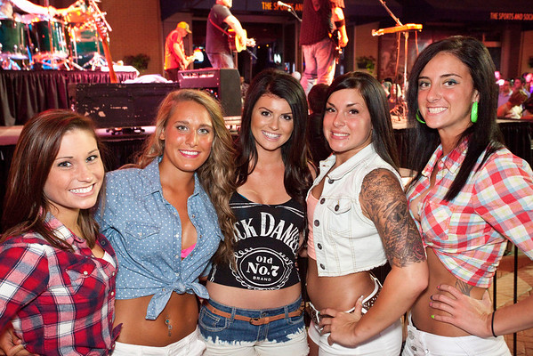 Random scenes and various faces in the crowd at another installment of the Hot Country Nights Concert series at Fourth Street Live.