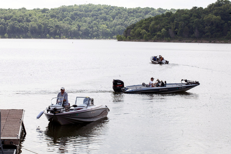 The reported presence of the toxic algae has not deterred those seeking a good time on the water.