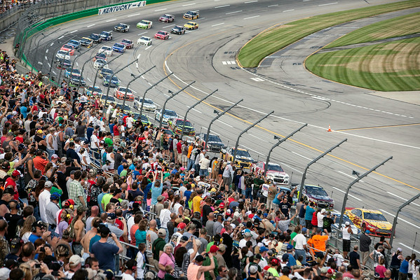 The stands began to fill and fans lined the track as the Quaker State 400 commenced at Kentucky Speedway on Saturday night.