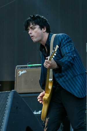 Billie Joe Armstrong of Green Day fame joined The Replacements on stage as an unannounced guest.