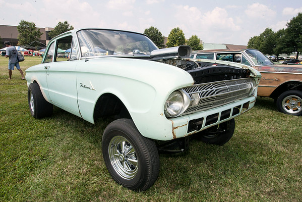 A beefed-up Ford Falcon was hard to miss.