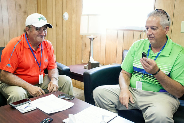 PGA analyst Peter Kostis reviews video and breaks down the swing of Courier-Journal reporter Justin Sokeland on Tuesday afternoon at Valhalla.
