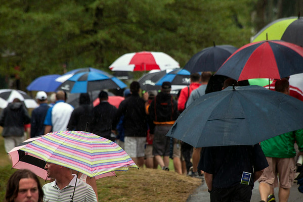 The rain didn't discourage the PGA faithful on Friday morning as the 2014 Championship continued at Valhalla.